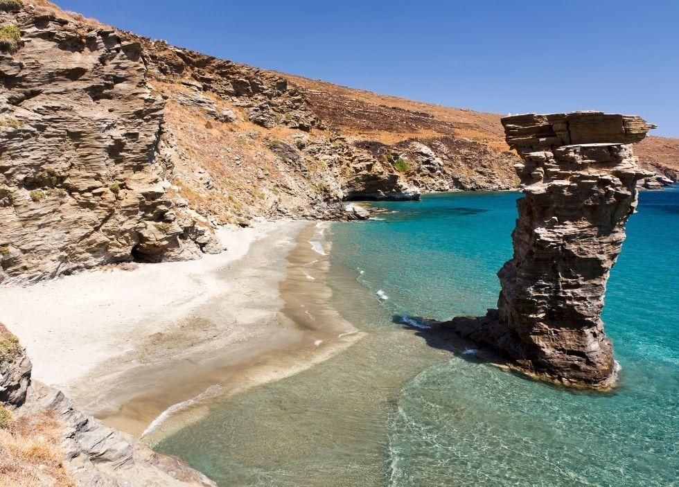 παραλία της γριάς το πήδημα